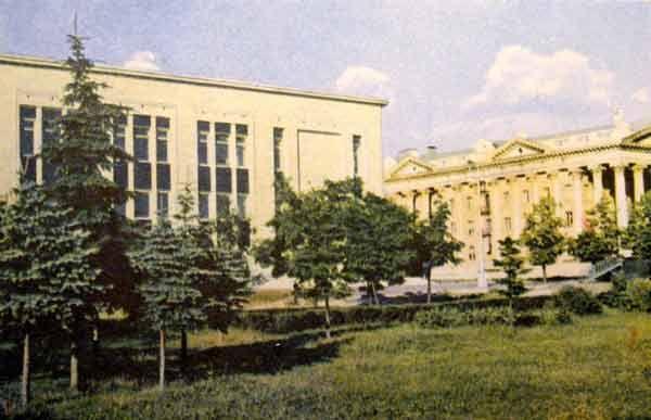Музей истории Великой Отечественной войны. открытка, 1967 г. Фото А. и М. Ананьиных