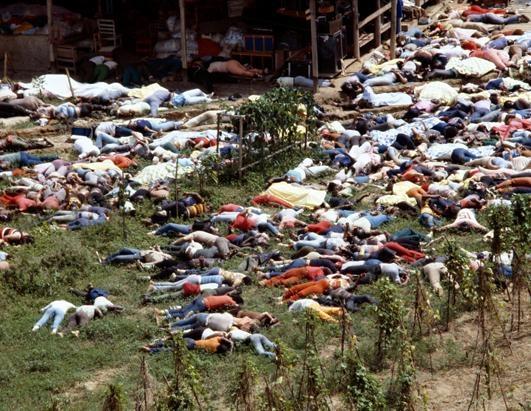 18 ноября 1978 года в Джонастауне погибло 918 человек https://ru.wikipedia.org/wiki/Джонстаун_(Гайана)