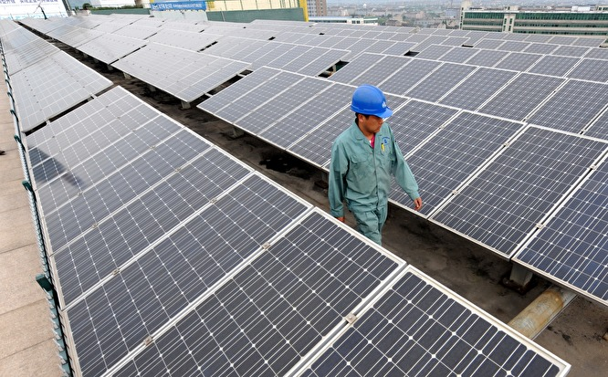«В Чили уже полтора года энергия бесплатна: они установили столько фотовольтаических станций, что дошли до перепроизводства»